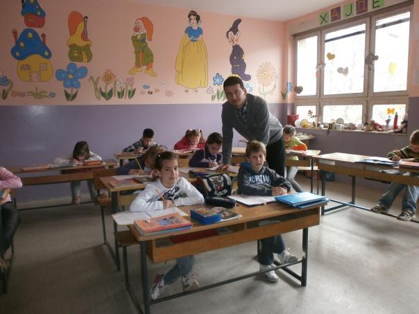 učitelj: Vladica Nikolić razred. III Osnovna škola ,,Jovan Jovanović Zmaj'', Surdulica, izdvojeno odeljenje u Masurici.